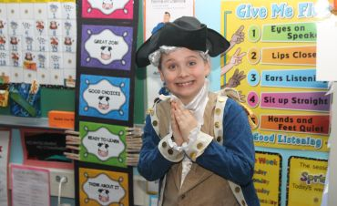 Student dressed as George Washington