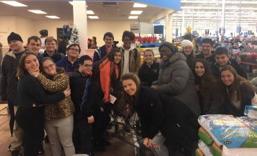 High School students shop for gifts